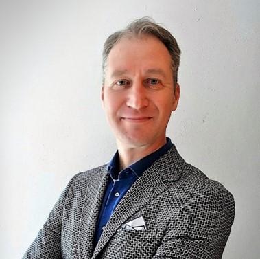 Leomont Wouda - International Business Development Director TraXall International